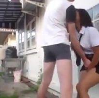Novinha dando pro amigo atrás da escola xvideos de sexo amador