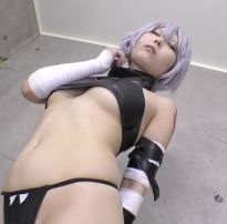 Garota safada fazendo cosplay