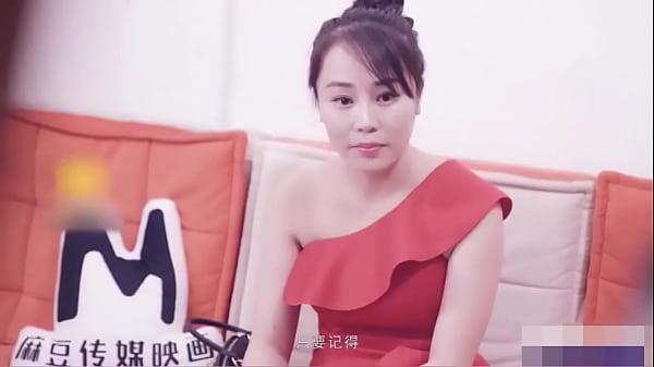 Chinesa pervertida fudendo gostoso no hotel